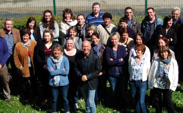 Photo des salariés de la Maison de l Economie Solidaire